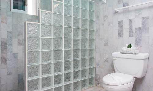 PA-bathroom